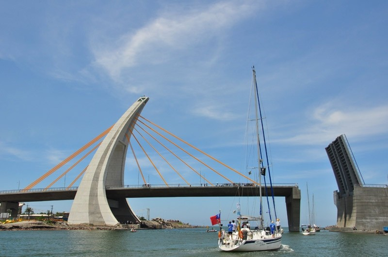 Dapeng Bay Drawbridge